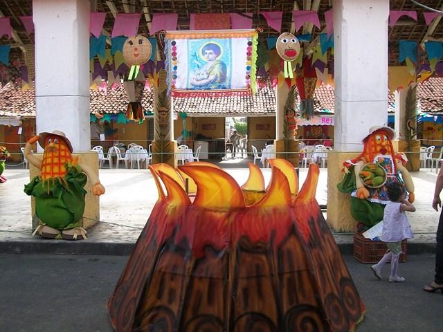 Festa Junina Decoraç u00e3o Escola Germano Sobrinho u2013 Umarizal RN -> Decoração De Festa Junina Para Escola